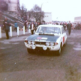 No 98 Paddy Hopkirk and XJB302H at the start