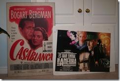 """Ориинальные постеры: американский """"Касабланка"""" 1949 года и немецкий """"Однажды в Америке"""" 1984 года."""