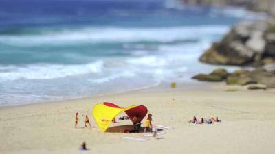 Bathtub IV on Vimeo
