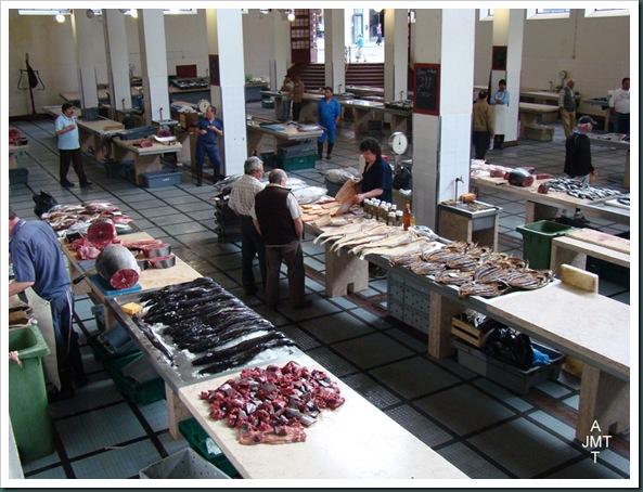 DSC03785-Funchal-marché-aux poissons BW