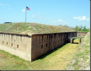 Fort_Barrancas,_FL_041510_022
