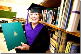 Patricia-Lamoureux-graduates-high-school-at-73yrs-old