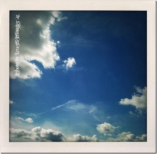 vonwolkenundengeln1
