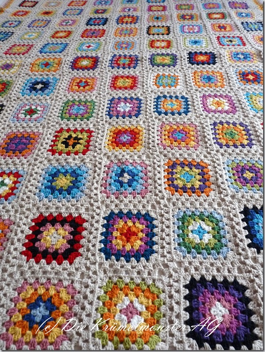 Granny Square Blanket Finish (2)
