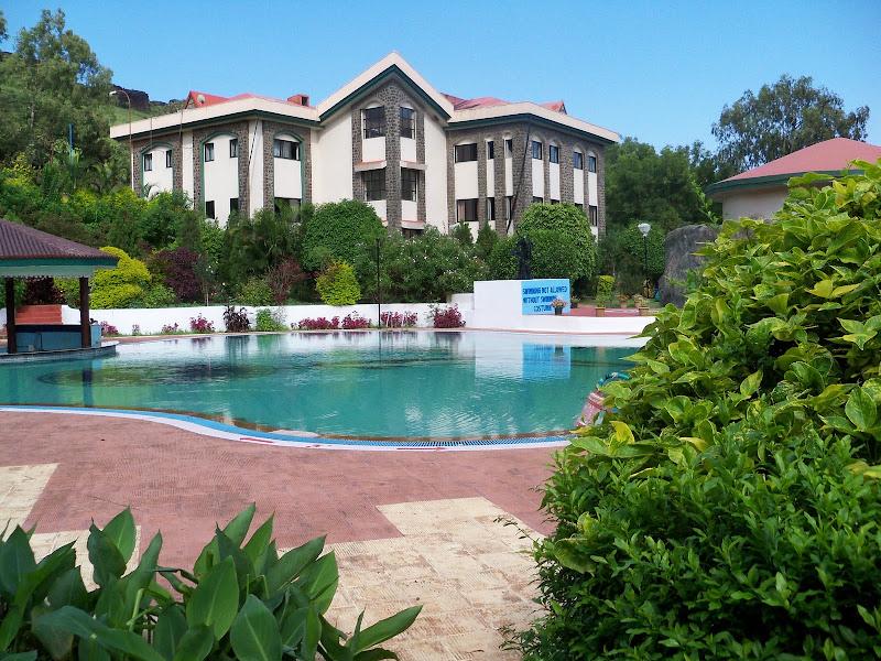 Munchausen Adventures The Blue Country Resort Panchgani