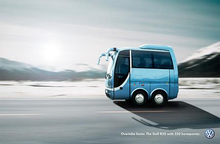 VW Golf R32 Advertisement