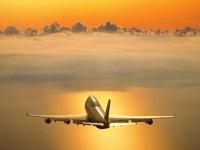 Avion hacia el horizonte