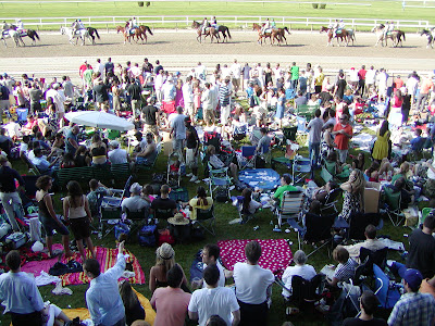 Post parade for the Manhattan and the Belmont crowd, June 6, 2009