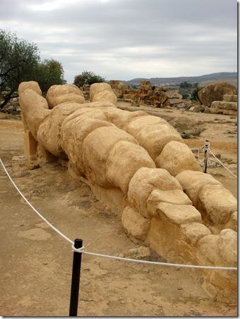 column figure-agrigento