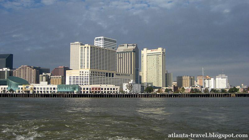 Вид на Новый Орлеан с реки Миссисипи