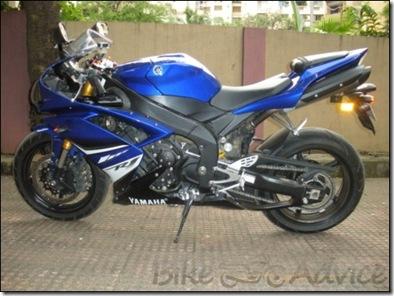 Yamaha-R1-02