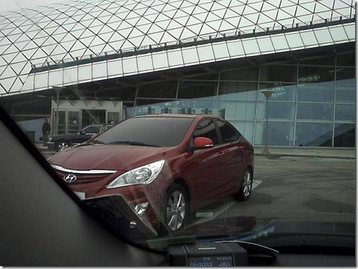 Hyundai_Verna_Accent_2011_RB