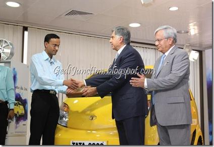 nano launch mumbai first three customers man loses nano key