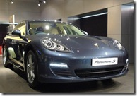 porsche panamera bluish royal color mumbai launch front left profile