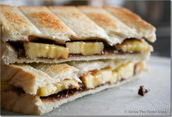 Banana & Choco Toasties3
