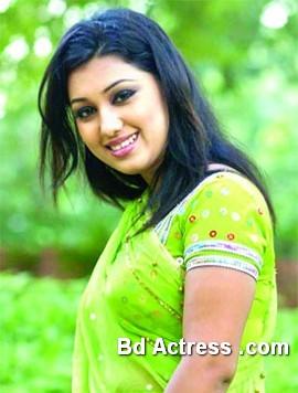Bangladeshi Actress Apu Biswas-22