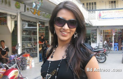 Bangladeshi Actress Mim Photo-01