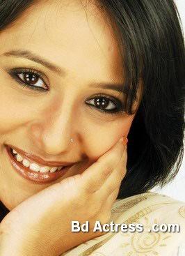 Bangladeshi Actress Opi Karim-24