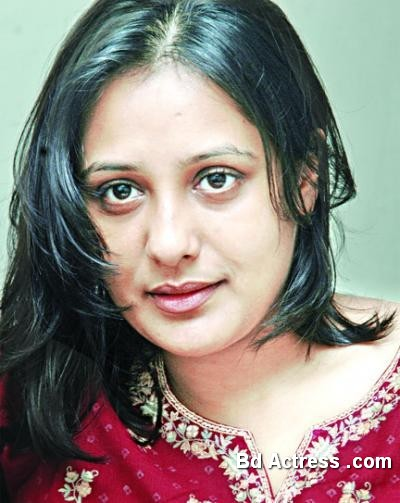 Bangladeshi Actress Opi Karim-27