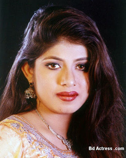 Bangladeshi Actress Ratna-01