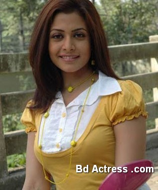 Bengali Actress Koel Mullick Photo-05