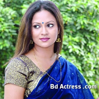 Bangladeshi Actress Richi Solaiman-14