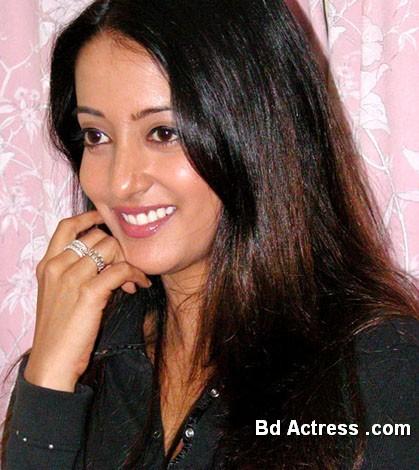 Bengali Actress Raima Sen Photo-03