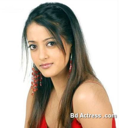 Bengali Actress Raima Sen Photo-04
