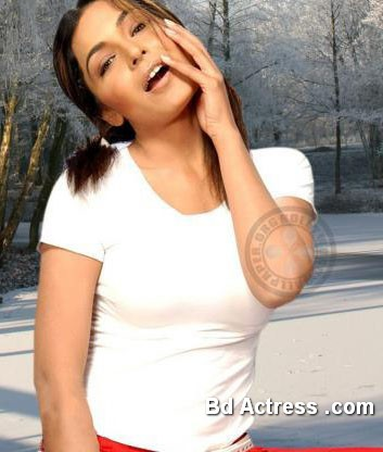 Pakistani Actress Meera Photo-04