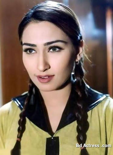 Pakistani Actress Reema Khan Photo-01