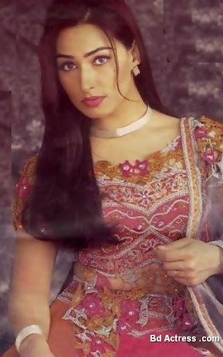 Pakistani Actress Reema Khan Photo-02