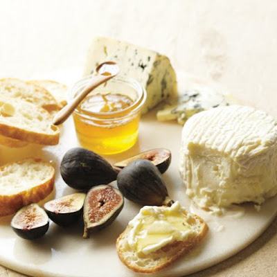 Cheeses with Fennel-Infused Honey and Fruit