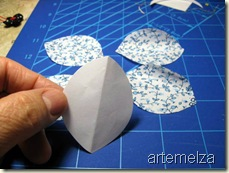 borboleta de fuxico oval - cortando