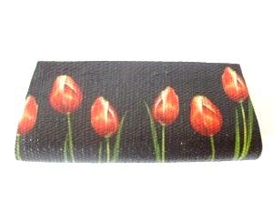 carteira-palha-customizada-tulipas palha de buriti