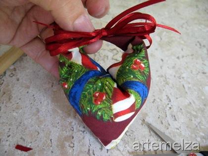 artemelza - enfeite de natal - coração