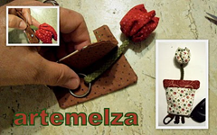 artemelza - chaveiro com tulipa