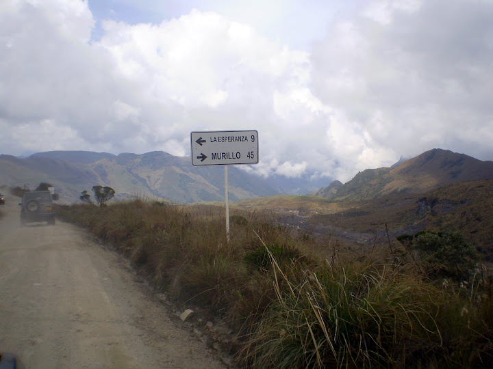 Photo of  Nev-Ruiz Desvío camino antiguo Manizales-a termales