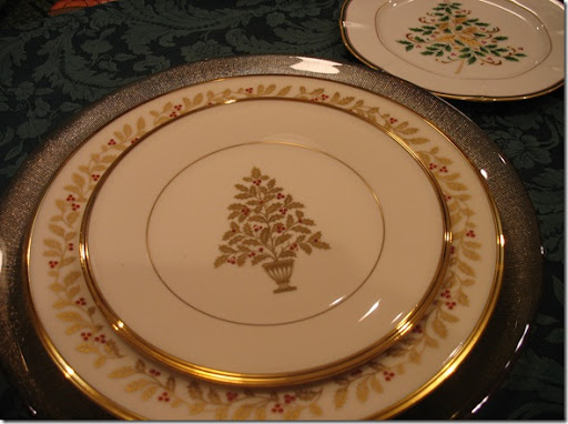 Cuisine Kathleen: Tablescape Thursday~ Lenox Eternal Christmas..