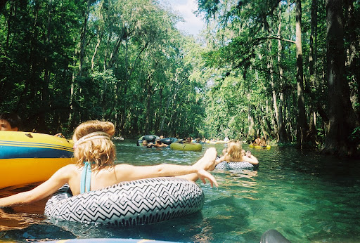 The walk youth group tubing on the ichetucknee river saturday july
