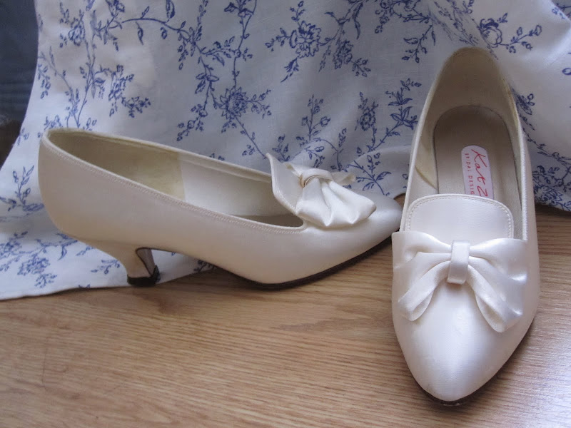 Second hand £5 wedding shoes off ebay