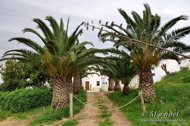 Los Majadales del sol - Vértice Geodésico Meca - Ermita de San ambrosio - Palomar de la Breña