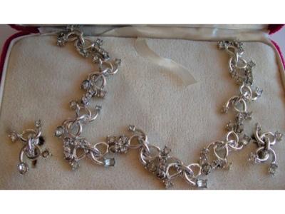 Vintage Duane Crystal Rhinestone Necklace Earrings