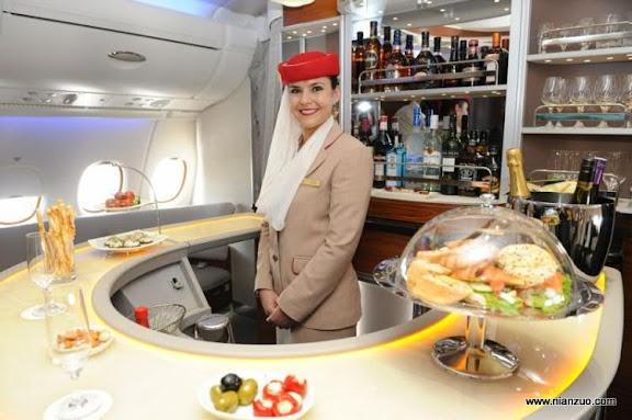 酋长的A380 餐厅?这么大,吧台,空姐,餐厅