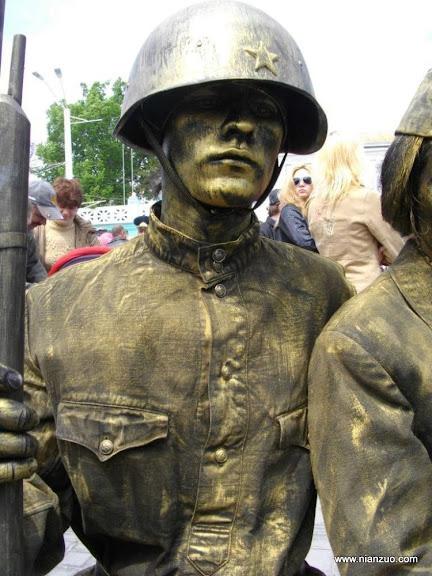 活雕塑大赛 ,红军