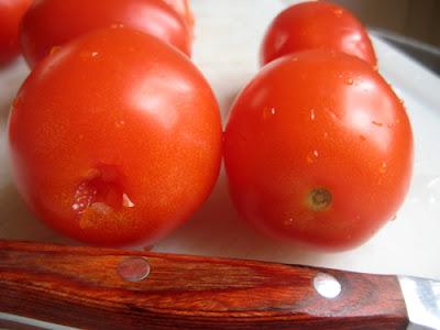 Coring Tomato