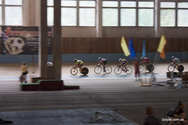 Перший на велосипеді Еней