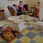 Pigerne skulle også lige have et kageflip. Mor spiste en hel af de store hvide... Puha, men det er vist tradition!