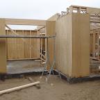 Vores kommende stue, og de store huller til de store vinduer