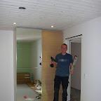 Morten har samlet soveværelsesskabet, det kun kun 2 timer for den første halvdel... suk