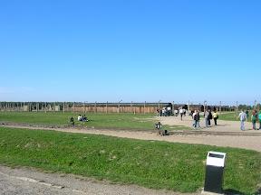 130 - Auschwitz II - Birkenau.JPG